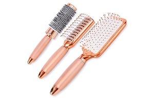 brosse a cheveux rose pour femmes
